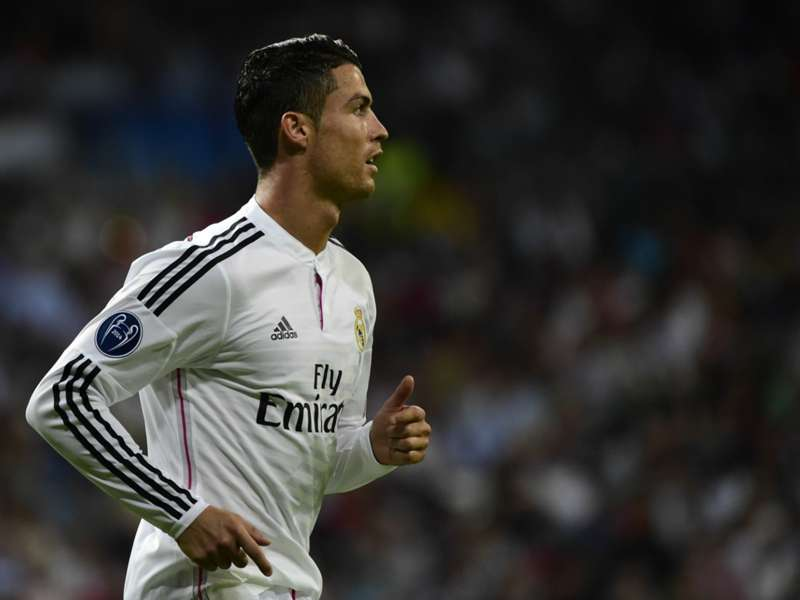 Van Gaal: Manchester United deal for Ronaldo 'unlikely'