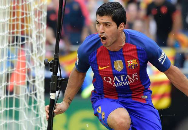 RUMOURS: Manchester City and United to do battle for Luis Suarez