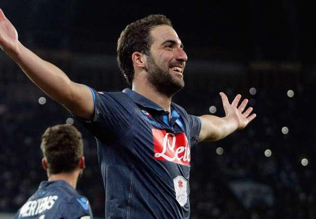 Napoli 6-2 Hellas Verona: Higuain hat-trick helps Benitez's men to big win