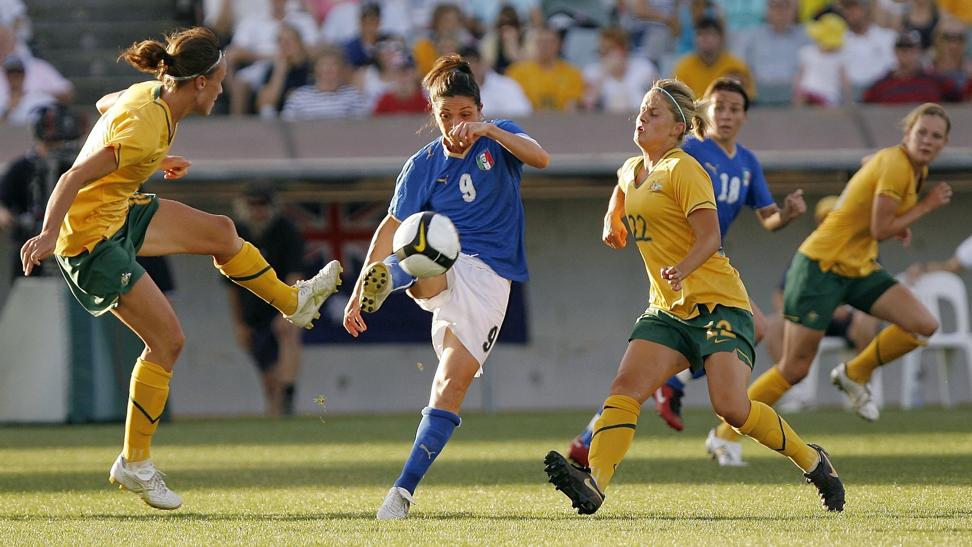 Panico da record: prima donna ad allenare una Nazionale maschile in Italia