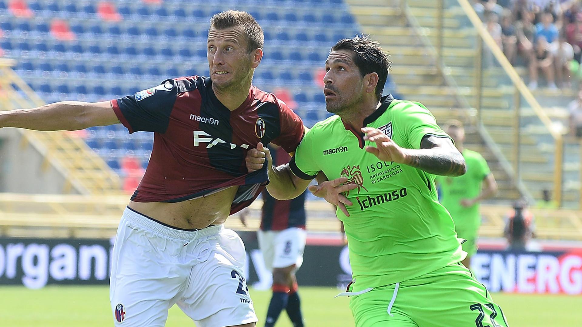 Serie A, due turni di stop a Gastaldello