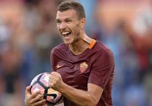 4) EDIN DZEKO, Roma - 17 goal (12 Serie A, 5 Europa League)