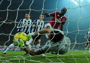 La famosa parata di Buffon su Muntari, ma il pallone aveva già sorpassato la linea. Niente 2-0 per i rossoneri, che subiranno il pareggio bianconero