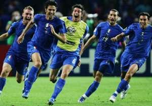Marco Amelia torna a giocare dopo un anno di inattività: ufficiale l'ingaggio al Vicenza. Dove sono ora gli altri Campioni del Mondo 2006?