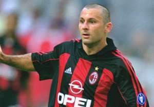 JAVI MORENO - Deed het geweldig bij FC Groningen en bij Alaves. In Milan lukte het opeens niet meer.