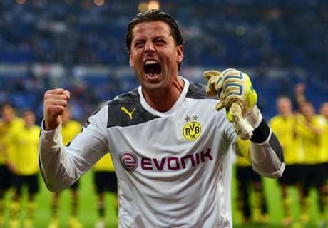 Weidenfeller extends Dortmund stay