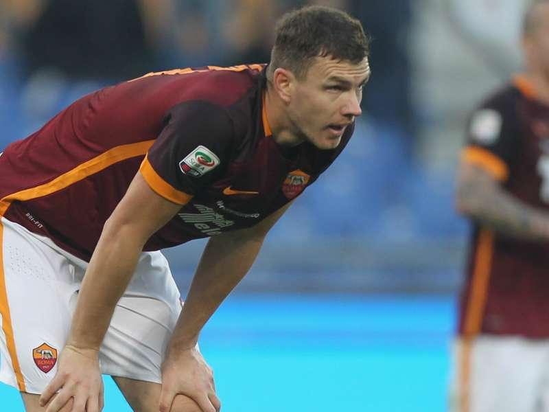 La Roma scarica Dzeko e pensa a Milik: possibile derby con la Lazio