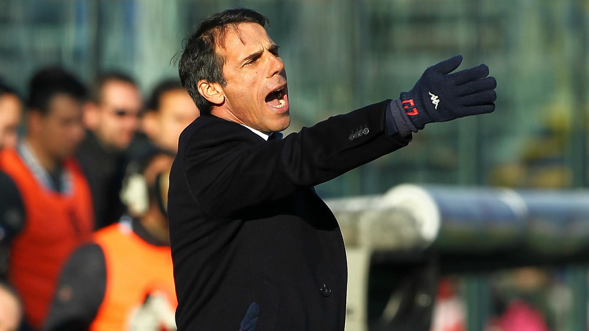 Zola viene bloccato dallo steward, interviene Rio Ferdinand: