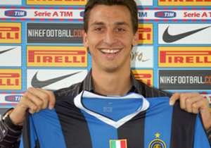 <b> ZLATAN IBRAHIMOVIC </b> | Dari Juventus ke Internazionale (2006)