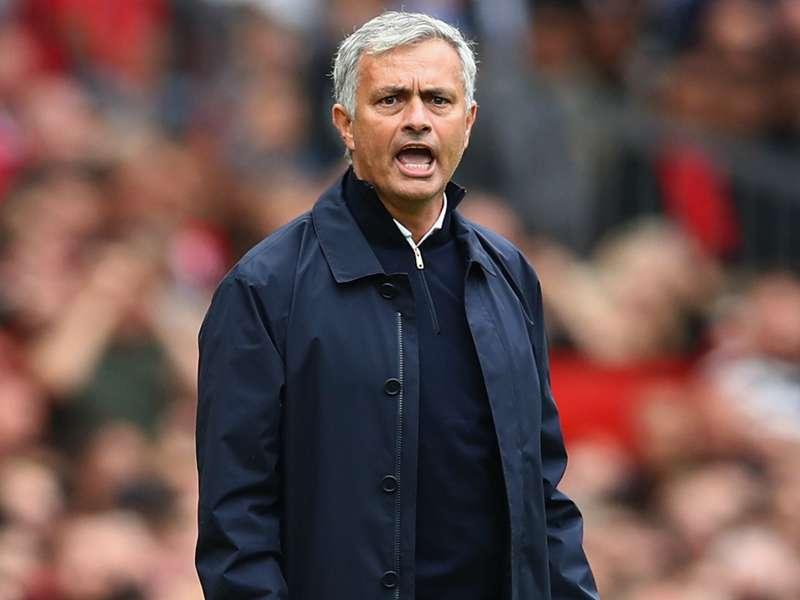 Manchester United contrata Gundogan galês