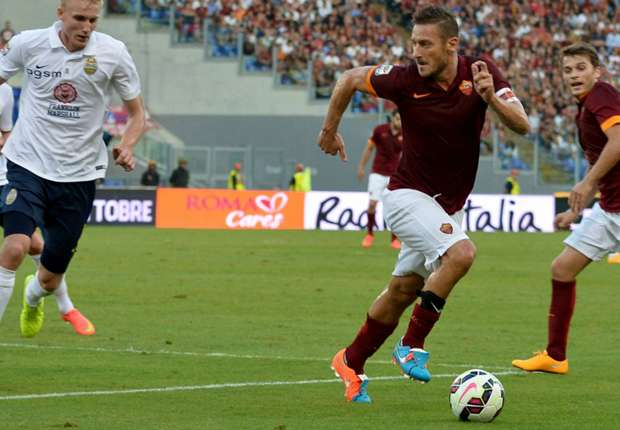 Roma 2-0 Verona: Destro wonder-goal seals fifth win in a row for Giallorossi