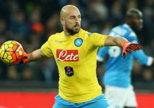 <p><strong>PEPE REINA (SPAGNA)</strong></p> <p>Napoli</p>