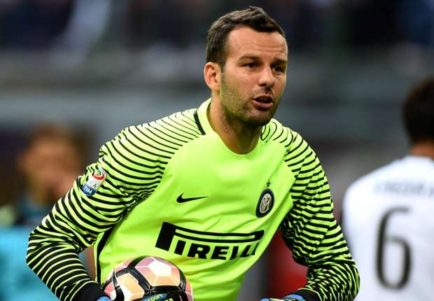 Handanovic wants to stay at Inter - agent