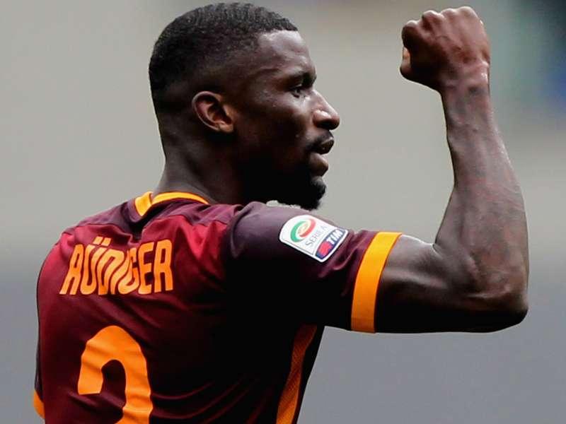 Roma costretta a fare cassa: Rudiger sul mercato, ma lo United tenta Manolas