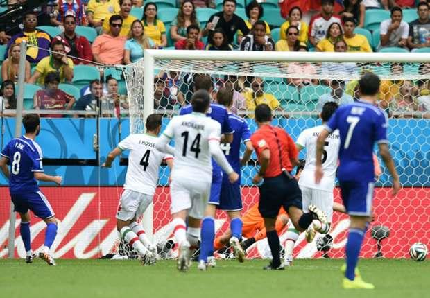 Miralem Pjanic erzielt gegen den Iran das 2:0 für Bosnien