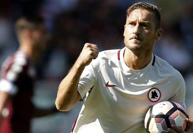 Totti, i suoi primi 40 anni: storia di un campione
