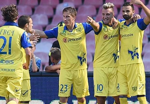 Napoli 0-1 Chievo: Maxi Lopez fires visitors to victory