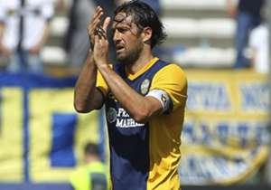 Luca Toni l Vérone l 1,96 m (attaquant)