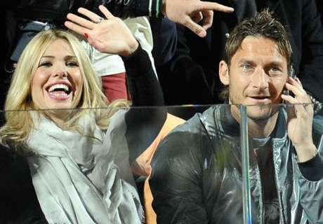 La mujer de Totti carga contra Spalletti y él lo aclara