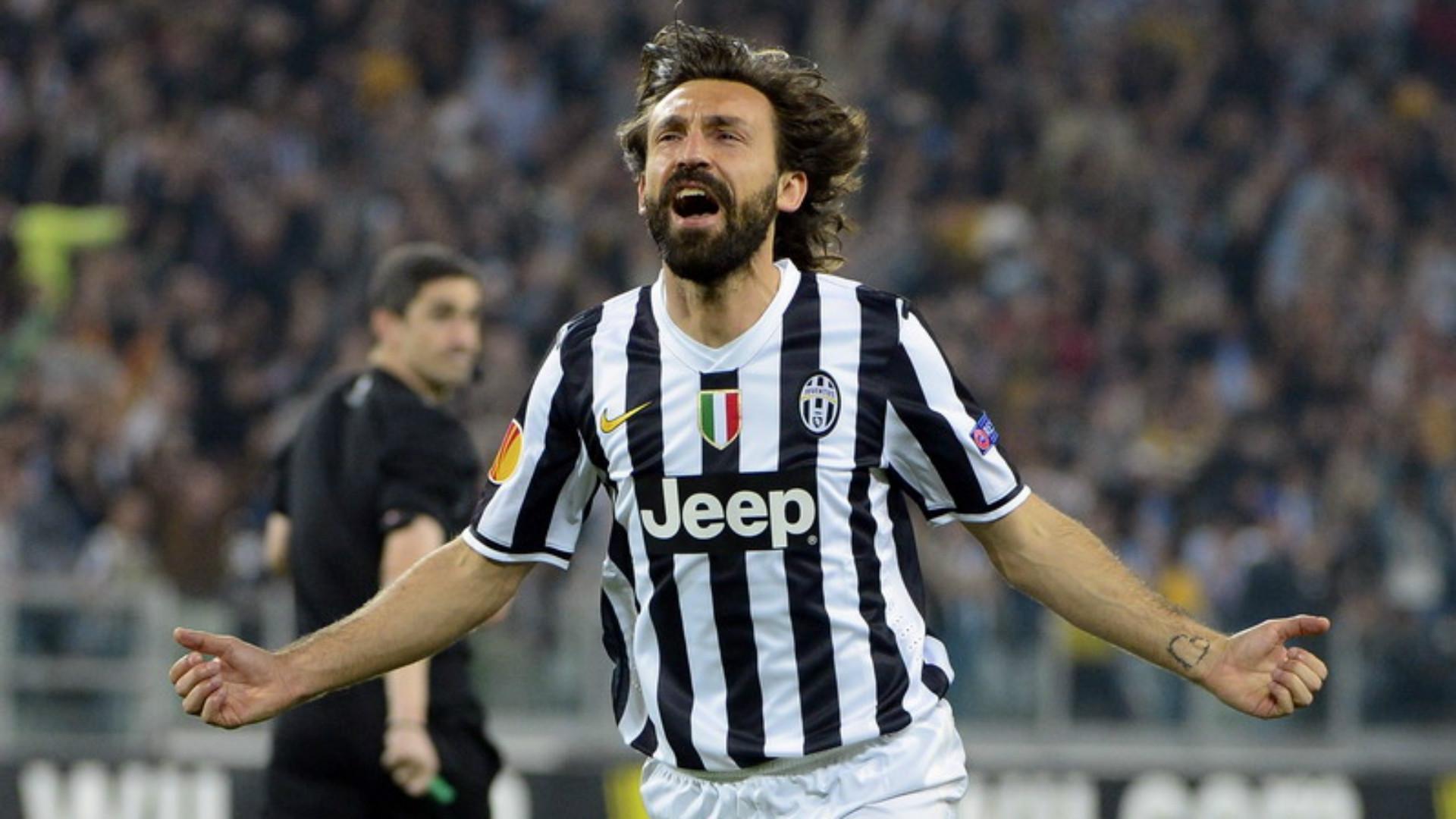 Tifosi del Milan infuriati con Pirlo