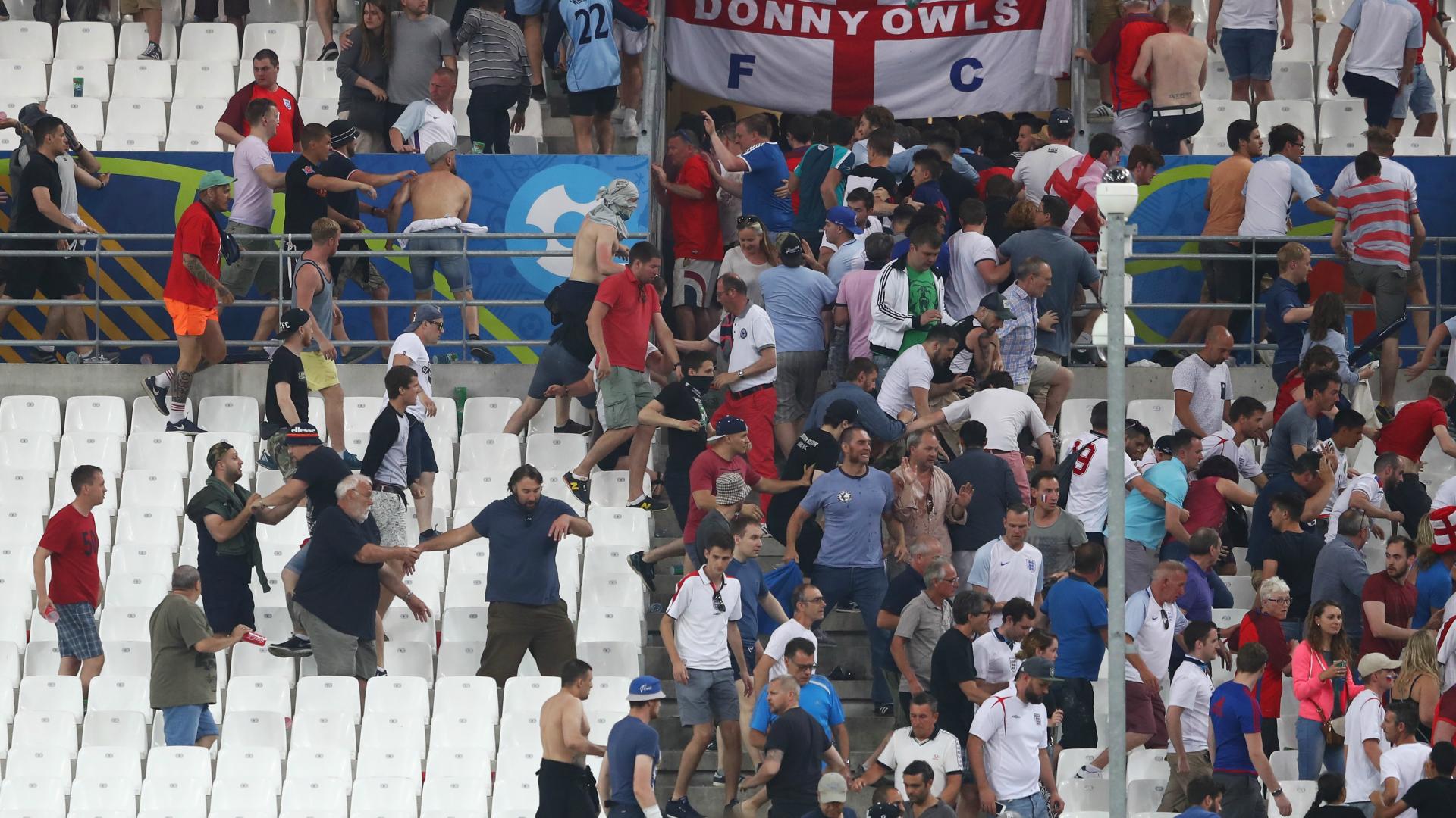 Euro 2016, scontri Marsiglia: Russia multata, rischio espulsione