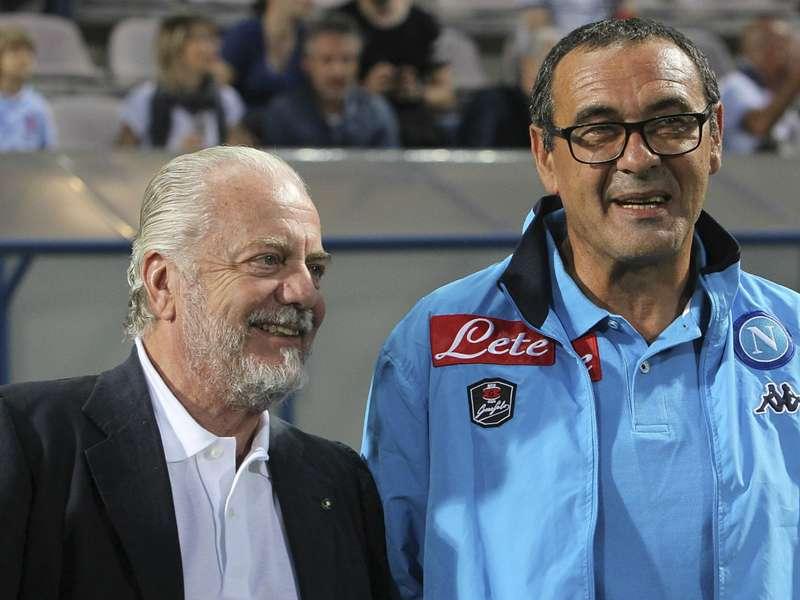 Sarri e gli arbitraggi 'anti-Napoli': messaggio forte a De Laurentiis