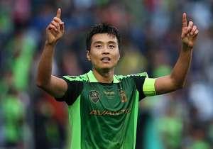 이동국 | 1998-99 & 2002-07 & 2008-현재 | K리그와 AFC 챔피언스 리그 역대 최다 득점 기록을 동시에 보유하고 있는 살아 있는 전설. 네 차례나 K리그 시즌 MVP에 선정되고 챔피언스 리그에서도 2011년 득점왕을 차지하며 MVP에 올랐다.