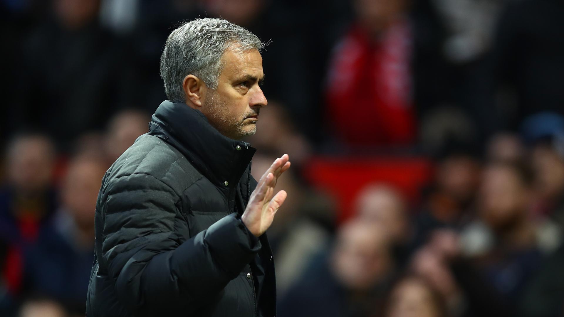 [Image: jose-mourinho-manchester-united_uwfhfs8a...-264519920]