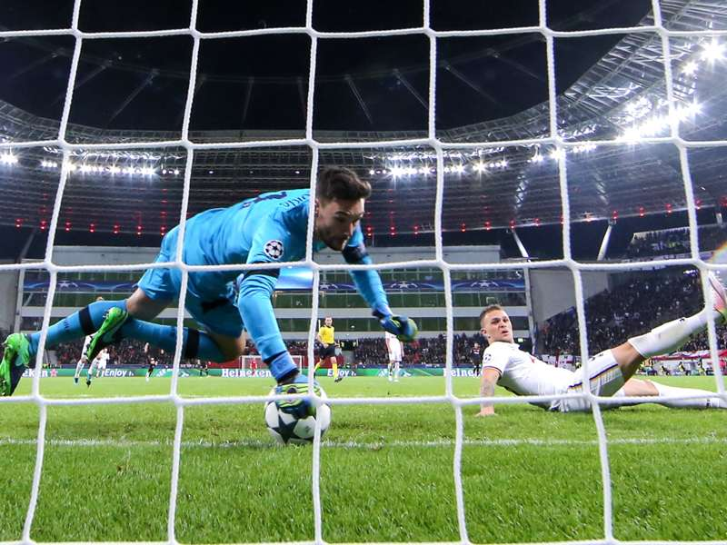 """CR7 o Messi? Lloris non ha dubbi: """"Pallone d'Oro a Benzema"""""""