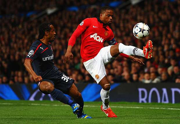 Van Gaal wants Evra to stay at Manchester United