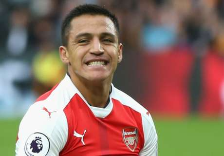 Alexis Sanchez returns to Chile training