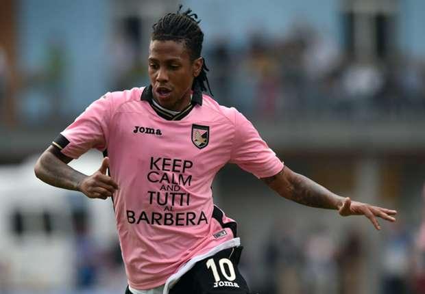 Hull closing in on Palermo striker Hernandez