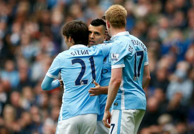 Scholes picks three Man City players as Premier League's best