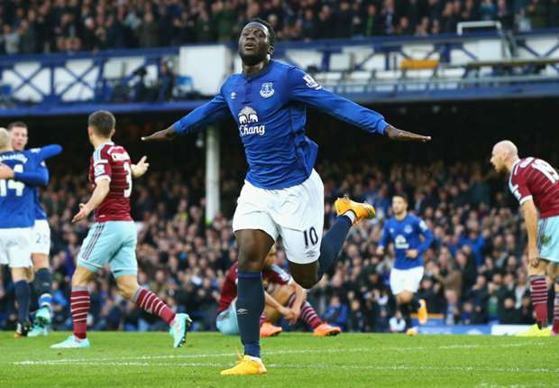 Everton 2-1 West Ham: Toffees strike on the break to down Hammers