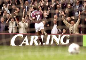On March 26, 2000 | A beautiful Paulo Di Canio volley, one of the Premier League's greatest goals, helps West Ham defeat Wimbledon 2-1.
