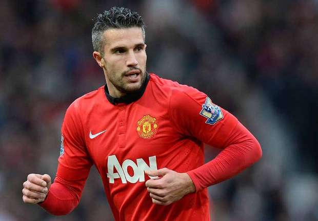 Van Persie will be next Manchester United captain - Bryan Robson