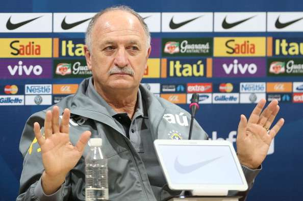 Scolari: Boos not a problem for Brazil