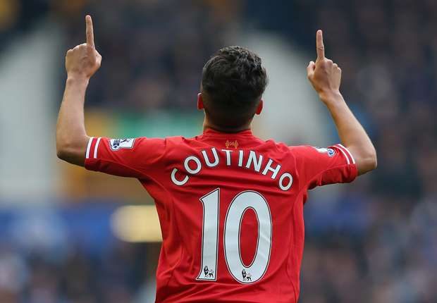 Philippe Coutinho celebrates Brazil return