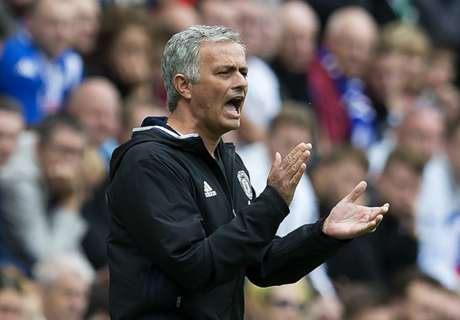 Mou and Mkhitaryan get winning start