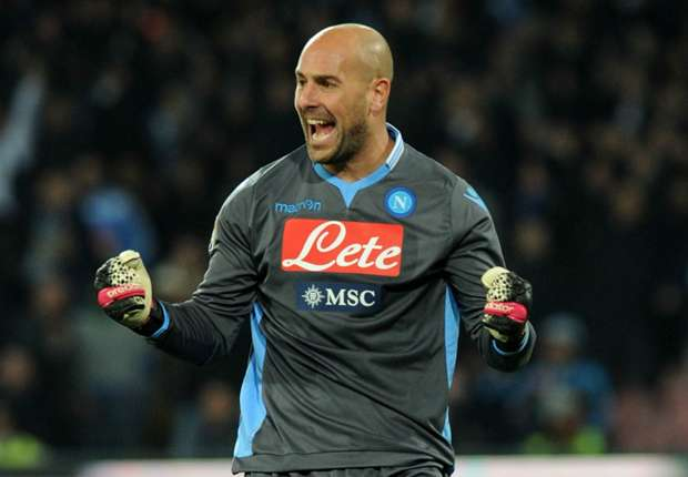 Benitez: Napoli can't afford Reina