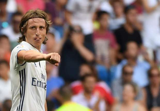 OFFICIAL: Luka Modric signs new Real Madrid deal