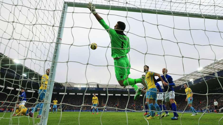 Julian Speroni | Crystal Palace