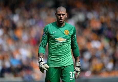 El United confirmó la salida de Valdés