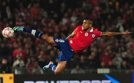 Vidal retained in Chile squad