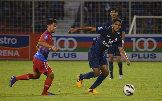 Johor Darul Takzim vs LionsXII - Hariss Harun challenges Safiq Rahim