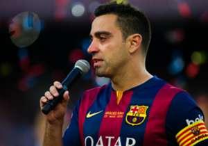 Salam perpisahan dari Xavi di Camp Nou, ia tampak berkaca-kaca.