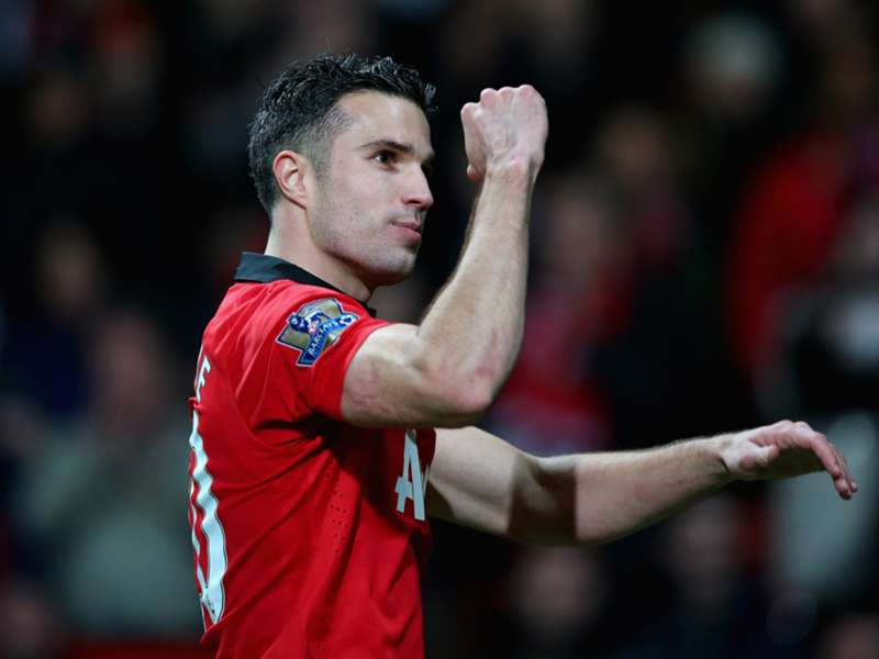 Van Persie returns but Herrera, Rojo to miss Man Utd match