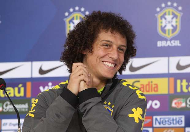 VIDEO: Luiz Brazil's official prankster