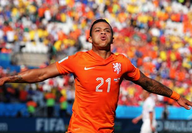 Depay staying tight-lipped on future