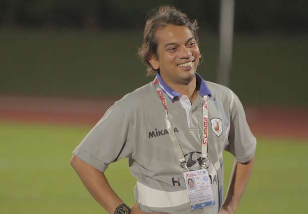 The former Singapore international has been put in temporary charge of the Stags.